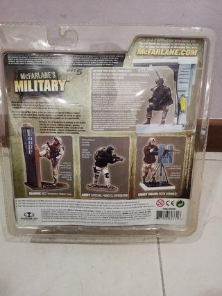 🚚 Mcfarlane military series 5 Air Force Para rescue