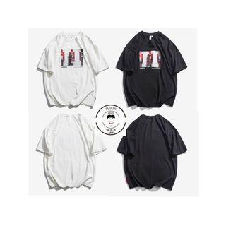 『誰合普UHF®』合作品 美式印花 百搭短袖上衣 男女皆可。2色 (網路特賣價$580)起標價=直購價