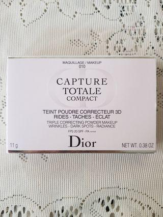 Dior Capture Totale Triple Correcting Foundation Compact