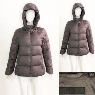 Uniqlo grey stretch down winter coat / jacket (jaket bulu angsa)