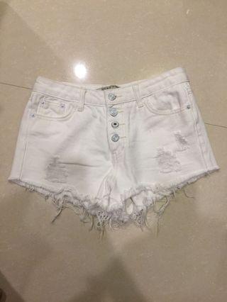 白色中高腰短褲m號