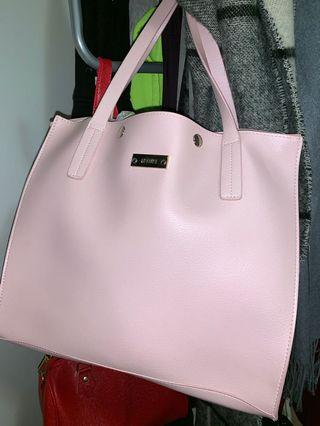 Markai pink handbag