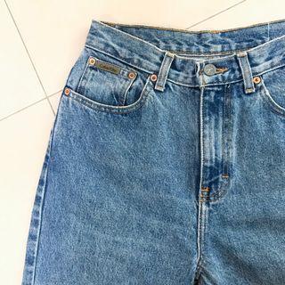 Calvin Klein Vintage Highwaist Mom Denim Jeans