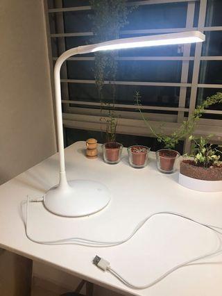 🚚 Table light