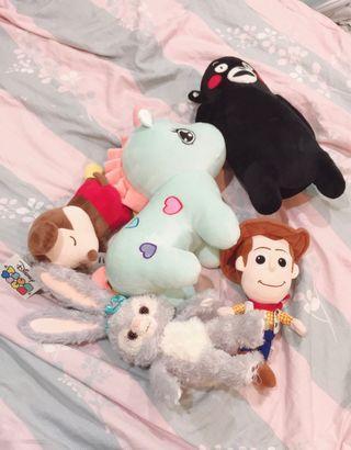 各種卡通造型絨毛娃娃填充玩具(玩具總動員胡迪/獨角獸/米奇/達菲兔/熊本熊)