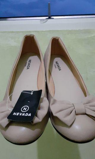 Flat Shoes Nevada