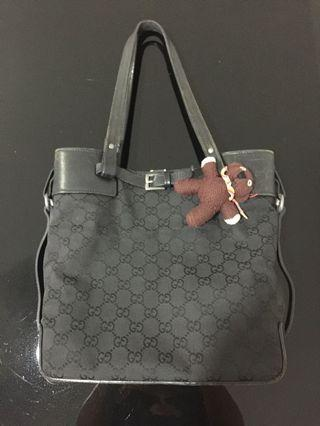 🚚 Auth Gucci bag