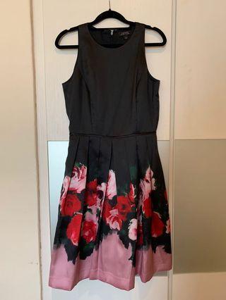 Sale! 😍Tahari fit and flare black floral dress