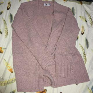 🚚 Pink Knitted Cardigan