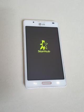 LG P710