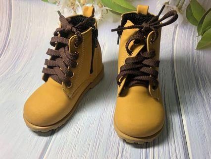 🚚 全新 韓製兒童鞋 寶寶短靴 類timberland
