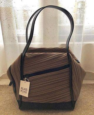 REPRICE issey miyake bias bag medium like new with dustbag and tag
