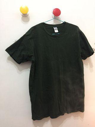 🚚 墨綠 T Shirt 有加大