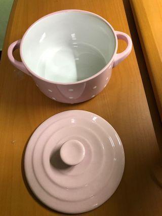 漢神巨蛋陶瓷鍋