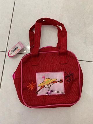 Children carry-on bag