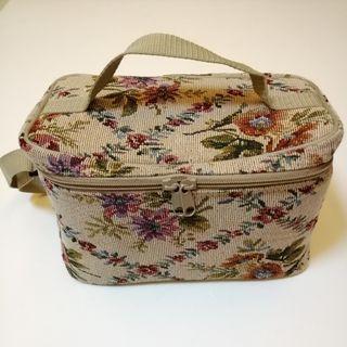 PRE💙D Vintage Victorian Floral Tapestry Brocade Bag, Make Up Vanity Kit