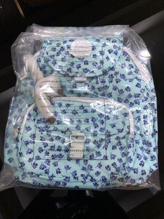 BNWT Kipling Queenie Backpack Blue Flowers