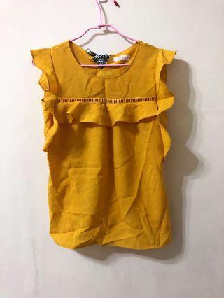 正韓黃色上衣