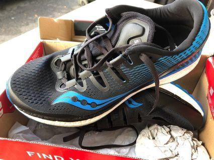 CLEARANCE SALE Saucony Freedom iso blue US8.5