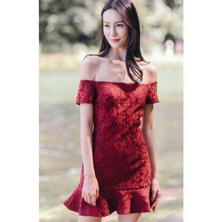 *RTP $37.00* Ohvola Peony Jacquard off shoulder dress in maroon