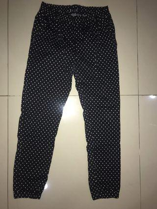 Jogger pants dotted