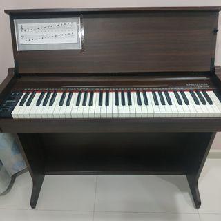 Cristofori LM-100 The Little Mozart Piano