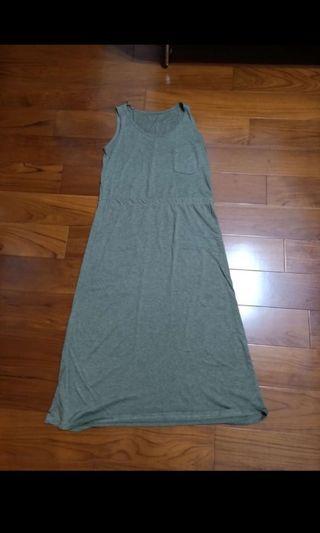 🚚 ❗️免費送❗️墨綠色長裙