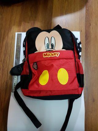 🚚 Mickey 米奇 後背包 黑色 紅色 雙色