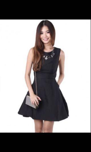GSS 50%**Mgp black bareback flare dress (bk lug)