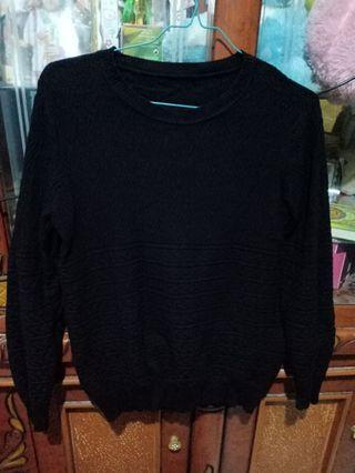 Sweater rajut black