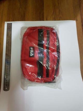 Fila 側背包 紅色