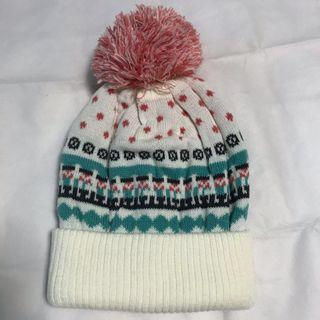 🚚 Winter knitted beanie hat