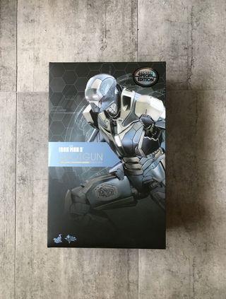 Hot Toys Iron Man Mark 40 Shotgun Special Edition With Freebee