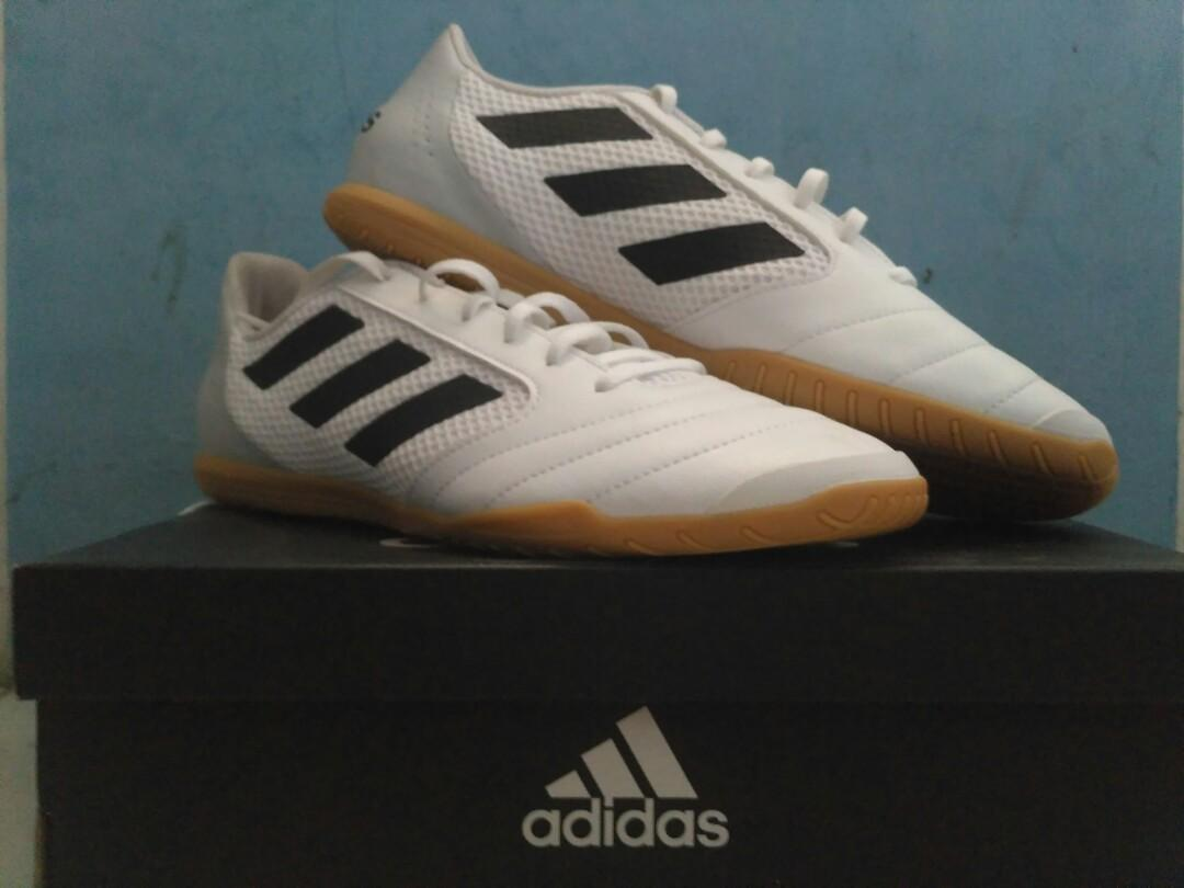 new product e51d3 28ad6 Adidas ACE 17.4 SALA size 44, Sports, Other Sports Equipment ...