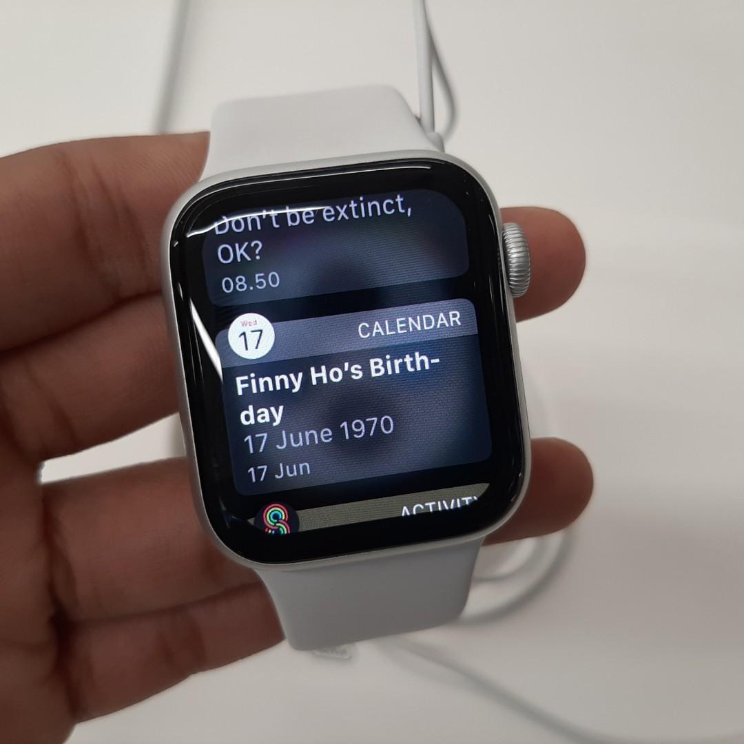 Apple watch series 4 40mm kredit pake ktp bunga 0% ibox resmi