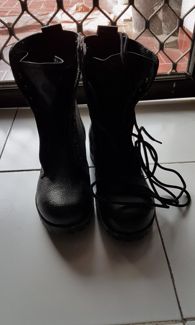 boot army