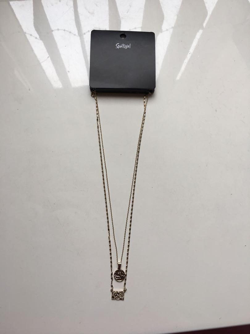 BRAND NEW W TAGS Sportsgirl Gold Layer Pendant Chain Necklace