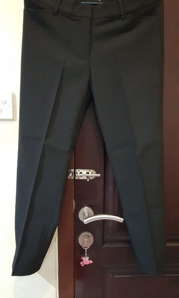 Celana kerja (ankle pants) merk connexion #maulol