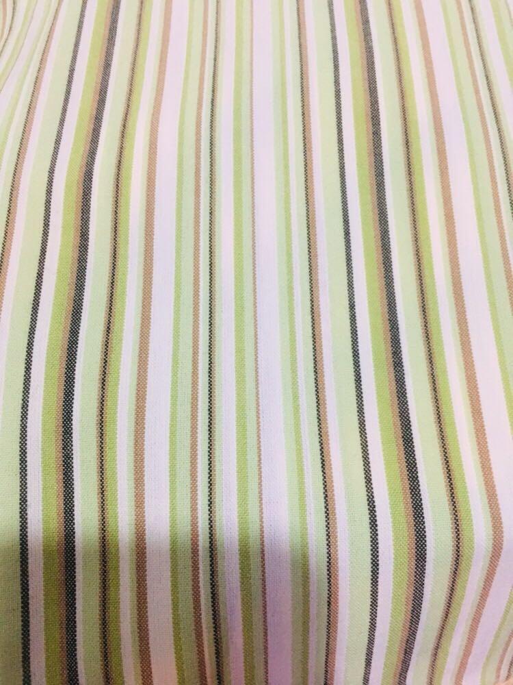 Celana motif garis