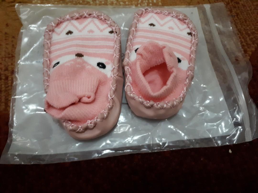 Kaos kaki anak lucu bayi