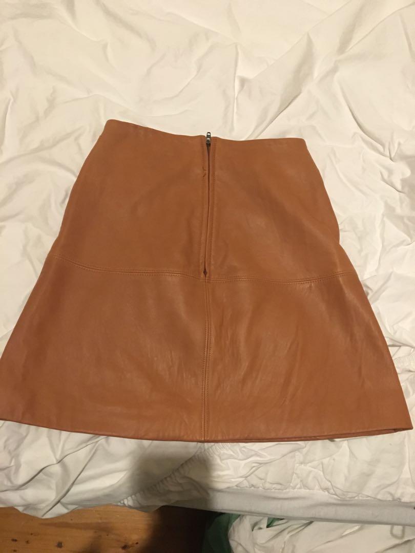 Kookai tan New Jersey skirt 34