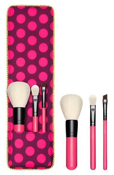 Mac Cosmetics Nutcracker Sweet Essential Makeup Travel Brush Kit