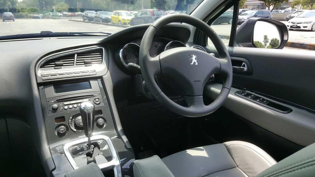 Peugeot 5008 1.6A 7-Seater