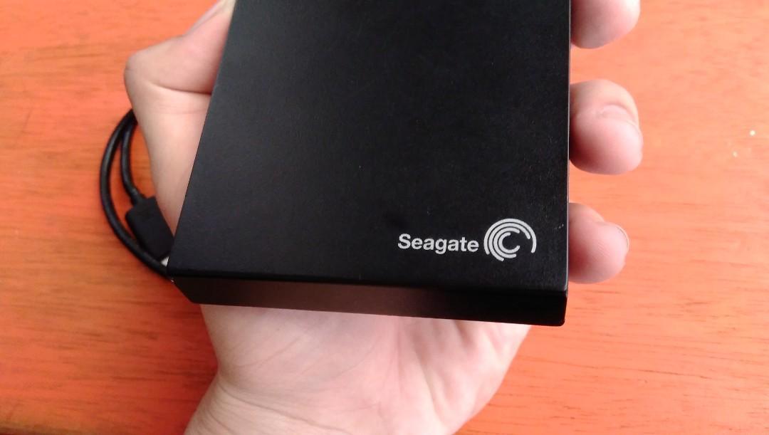 SEAGATE EXTERNAL HARDDISK 500GB