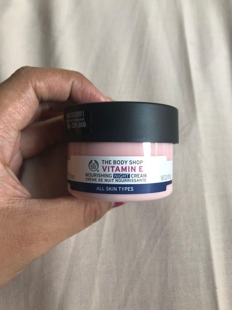 The Body Shop Vitamin E Night Cream (All skin types)