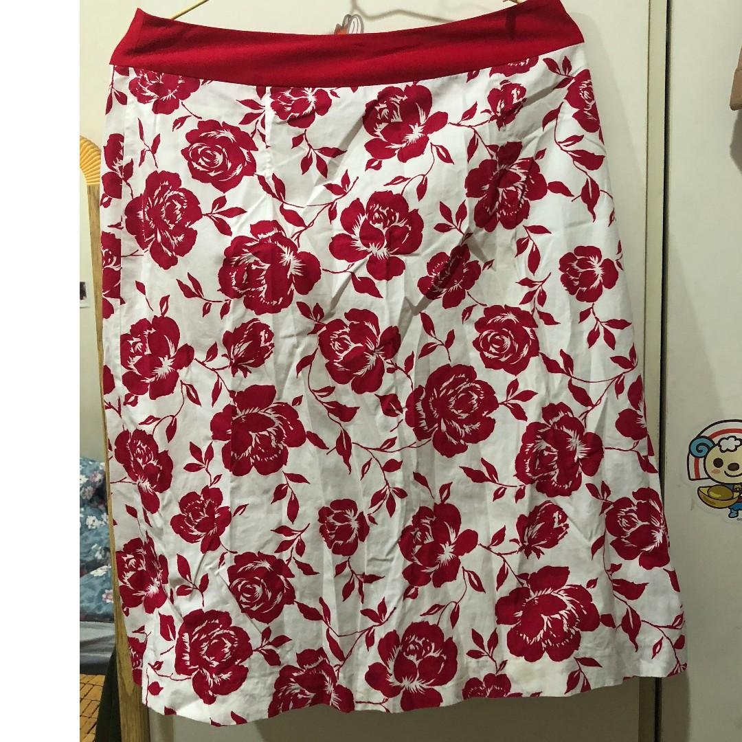 Wanko 紅玫瑰圖案中長裙