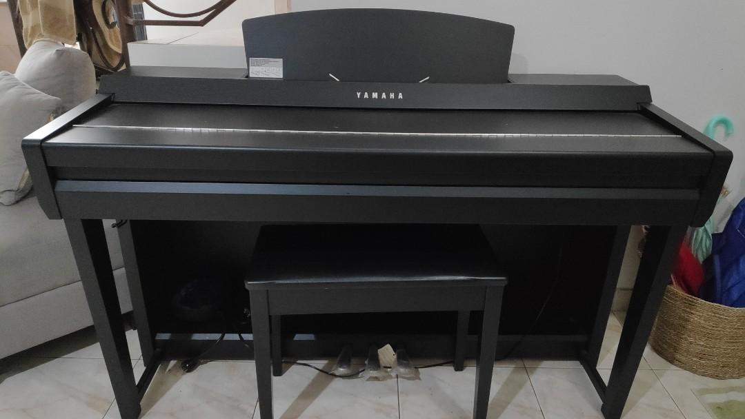 Yamaha clavinova CVP 605B