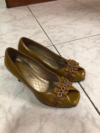 🚚 Gamma 跟鞋 24.5