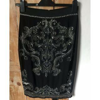 (New without tag) Miss Selfridge Black Sequins Skirt  M size