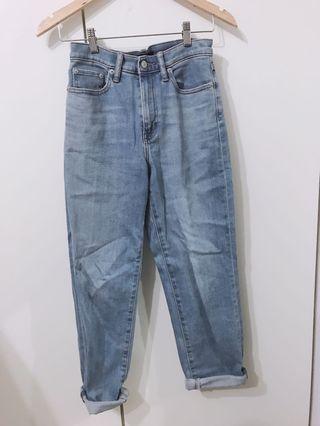 降 日本購入Uniqlo高腰直筒牛仔褲